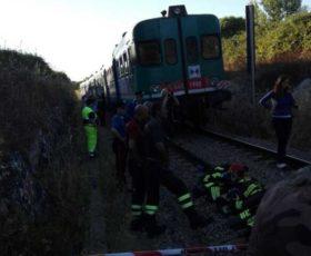 Galugnano, Scontro frontale fra due treni: una decina di feriti