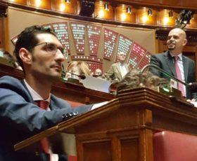 Addio ai vitalizi, Salentini votano a favore. Palese assente, segue FI