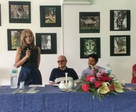 """Oggi a Serrano il premio """"Olio della Poesia"""""""