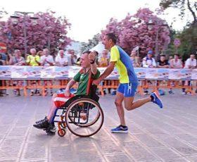 Sport per tutti, a Lecce arrivano le carrozzine per far correre le maratone ai disabili