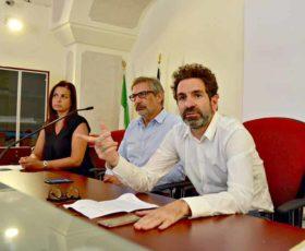 Lecce, lotta all'abbandono dei rifiuti: telecamere , agenti in borghese e verifica Tari
