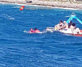 Mare mosso nel Salento, tante le persone tratte in salvo dalla Guardia Costiera