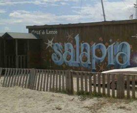 """Rimozione del """"Lido Salapia"""", approvata la delibera per demolire la struttura"""