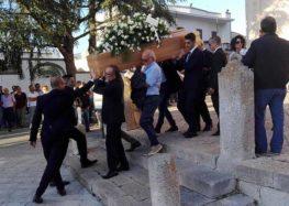 Soleto si ferma per l'ultimo saluto a Pierpaolo Serra, aveva 27 anni