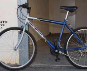 Recuperate le bici dei migranti ad Alezio. Denunciato 59enne