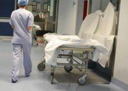 Ricoverata in Ospedale per dei calcoli, viene operata in ritardo e muore per una peritonite
