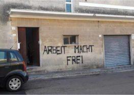 Da Auschwitz a Maglie il passo è breve, scritta nazista davanti ad un centro per migranti