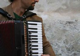 Emmanuel Ferrari live per l'inaugurazione de La Mandragora