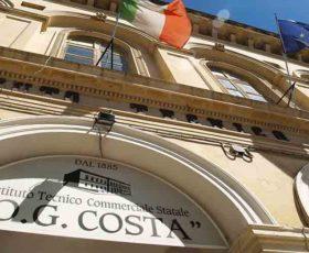 """Il """"Galilei-Costa"""" di Lecce tra le quindici scuole al mondo con didattiche innovative student oriented"""